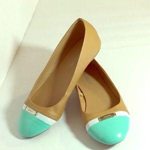 fdd6992f7e5 Olivia Miller Tan Mint Green Flats Size 7 G54